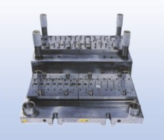 S700×350 CONNECTORL コネクタ�`�送型  Progressive mold(connector)